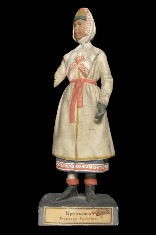statuette - Paysanne du gouvernement de Tver