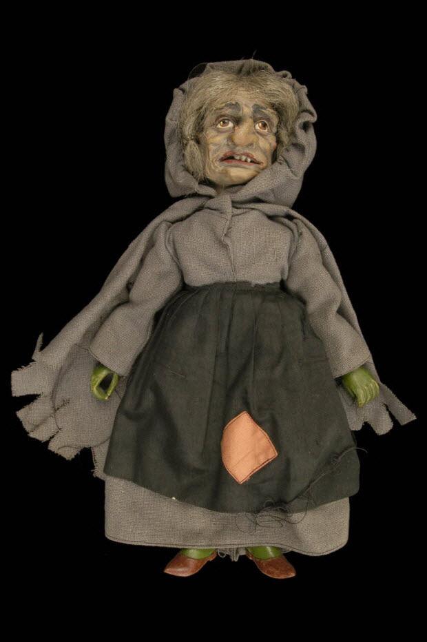 marionnette à fils - sorcière