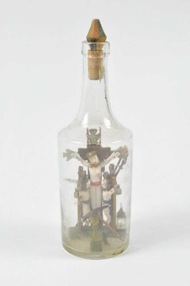 élément de bouteille-calvaire