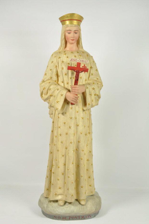 statue - Notre Dame de Pontmain