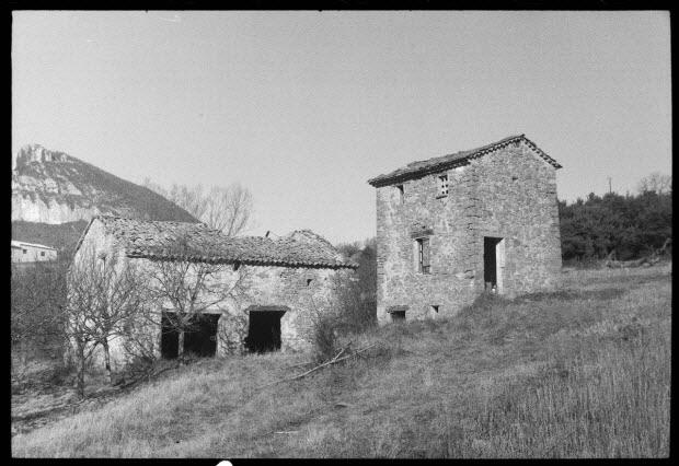 photographie - Petite ferme et pigeonnier