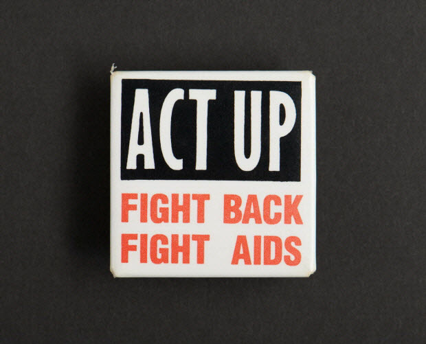 badge - Act Up // Fight back // fight Aids // Act Up 1992
