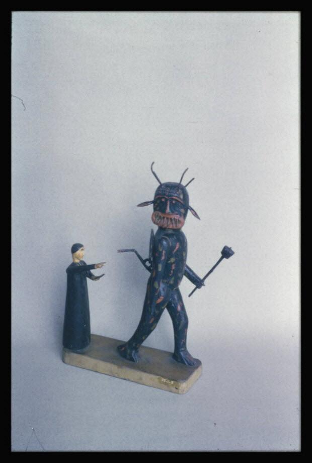 photographie - Statuette de diable Bessans provenant du canton de Balme en Savoie