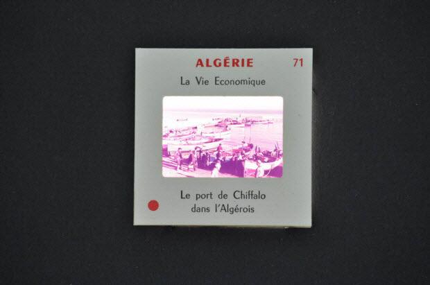 diapositive - Algérie. Le port de Chiffalo dans l'Algérois
