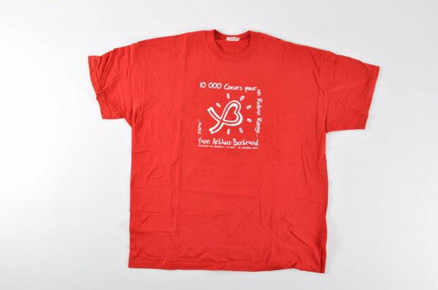 """tee-shirt - """"10 000 coeurs pour un ruban rouge"""""""