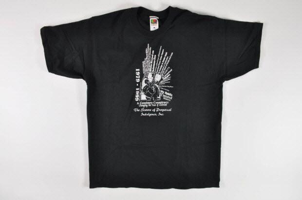 """T shirt - """"1979 - 1999. A consistory Conspiracy : changing the face of activism (1979-1999. Un consistoire conspirateur. Changeant la face de l'activisme)"""