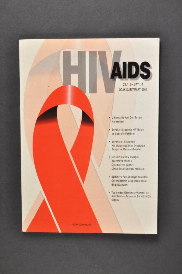"""revue - """"HIV AIDS"""", mars 2002 (résumés en anglais)"""