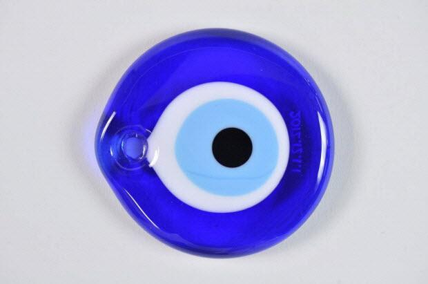 amulette - Oeil bleu