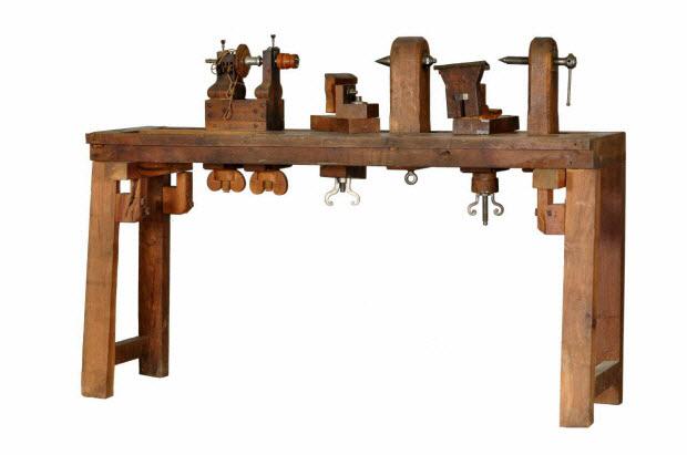 tour de tourneur sur bois