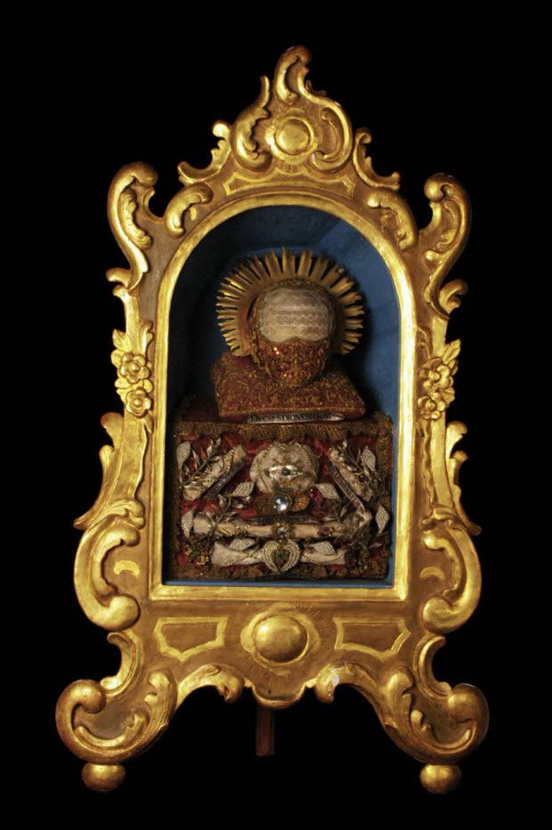 dessus d'autel reliquaire
