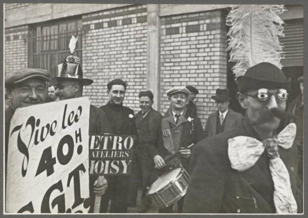 photographie - Ateliers du métro. Récréation pendant l'occupation des ateliers. Grèves de juin 1936