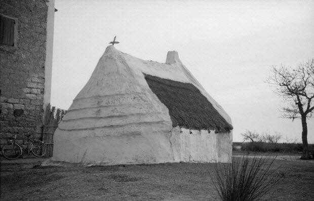 photographie - Mas de l'Amarée. Cabane n°1. Façade nord-ouest