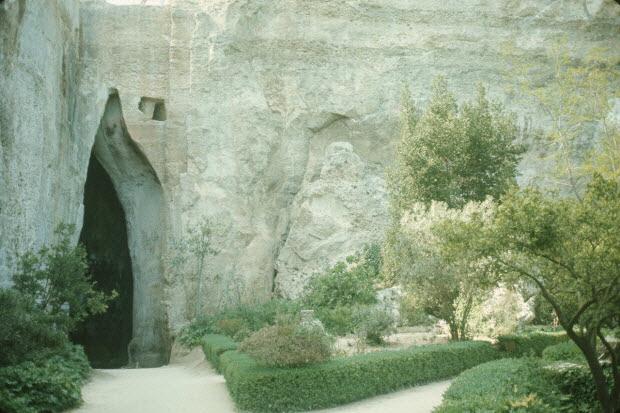 photographie - Enquête conduite par Jean Cuisenier en Sicile