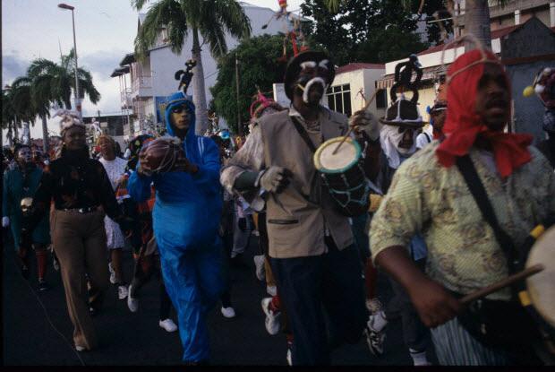 photographie - MNATP. Enquête sur le carnaval de Basse-Terre conduite par Stéphanie Mulot (février et mars 1997)