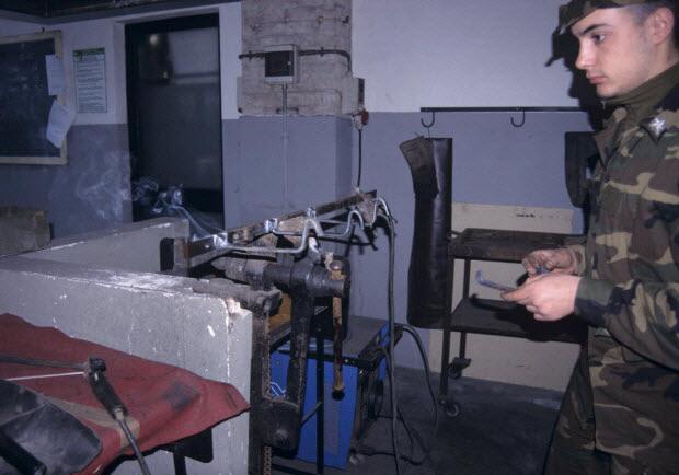 photographie - Enquête sur la maréchalerie conduite par Denis Chevallier (2001-2002) ; Enquête sur le CEMIVET (Centro militare veterinario), section maréchalerie de Grosetto, conduite par Federica Tamarozzi (2002)