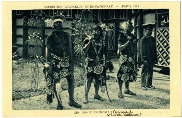 Exposition coloniale internationale. Paris 1931. Groupe d'indigènes (Océanie). Nouvelle-Calédonie
