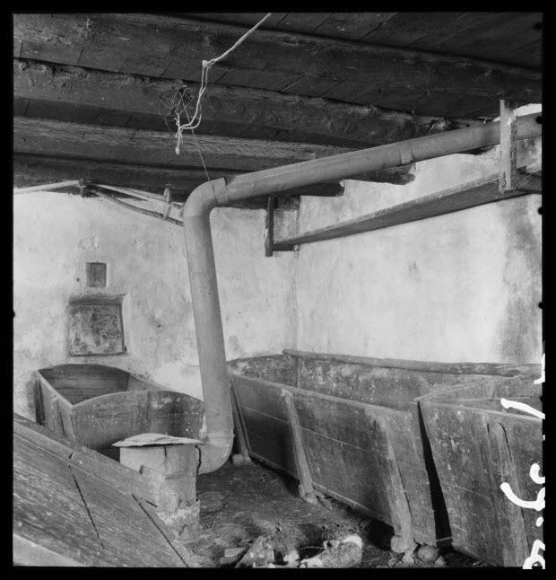 """photographie - Bourg. Four communal : salle des pétrins : """"les arches"""""""