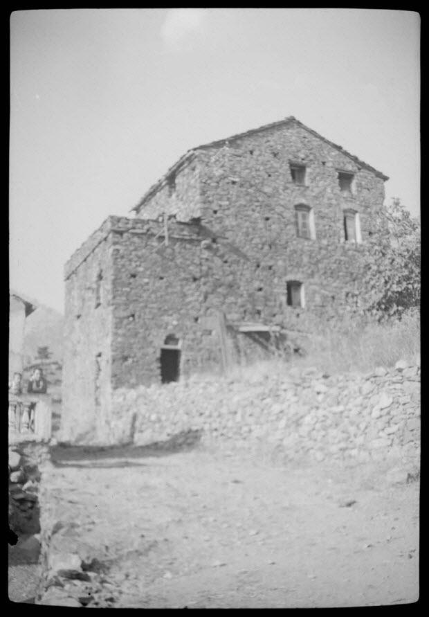photographie - Chez Don Pierre Guerrini. Maison face Nord-Est